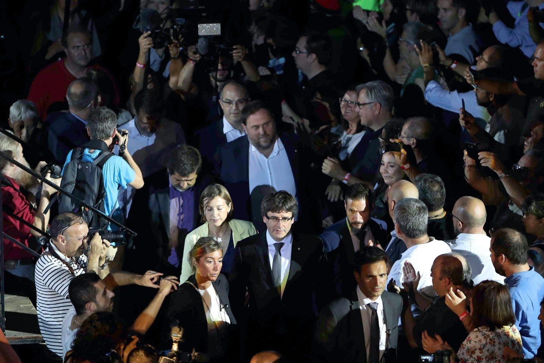 Puigdemont y Junqueras, en el arranque de la campaña del referéndum en Tarragona.