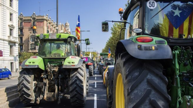 Referéndum 1-O: Tractores por las calles de Leida.
