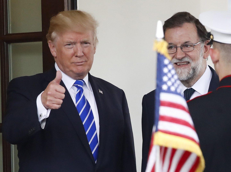El presidente de EEUU, Donald Trump, tras recibir a Mariano Rajoy a las puertas de la Casa Blanca.