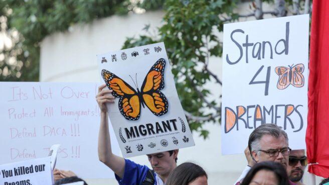 Protestas contra la retirada del programa de ayuda a los Dreamers.