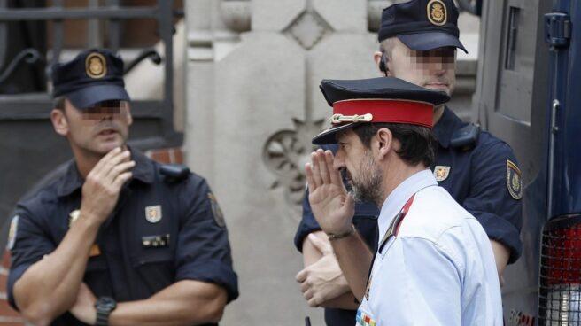 El 'número dos' de los Mossos, Ferrán López, a su llegada este lunes a la reunión en la Delegación.