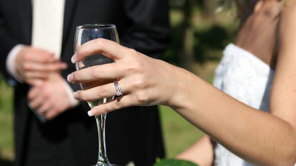 en 2017 hubo 101.294 divorcios, separaciones y nulidades, un 0,1% menos que el año anterior.