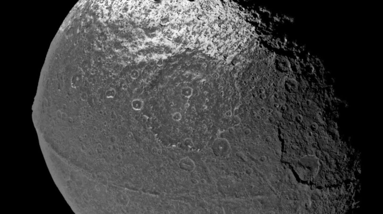 Luna Lapetus, Saturno