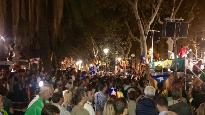 Un momento de la manifestacion frente al TSJC.