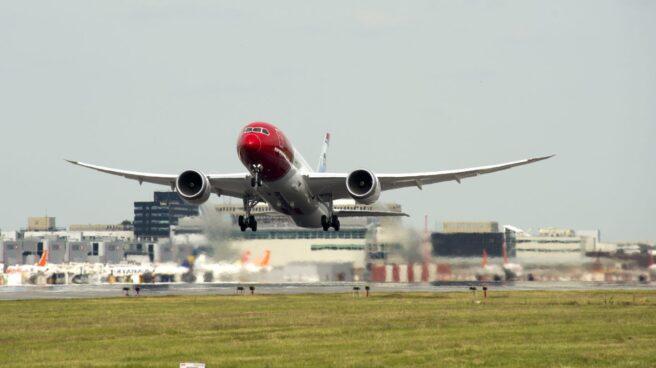 Un avión de la aerolínea Norwegian.