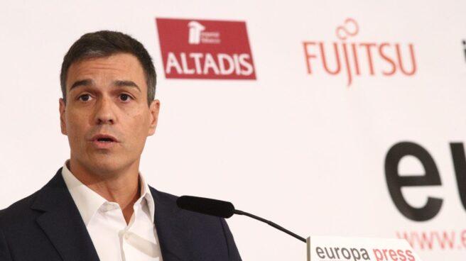 El secretario general del PSOE, Pedro Sánchez, durante el desayuno informativo de Europa Press.