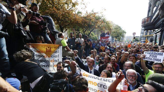 Centenares de manifestantes en Barcelona.