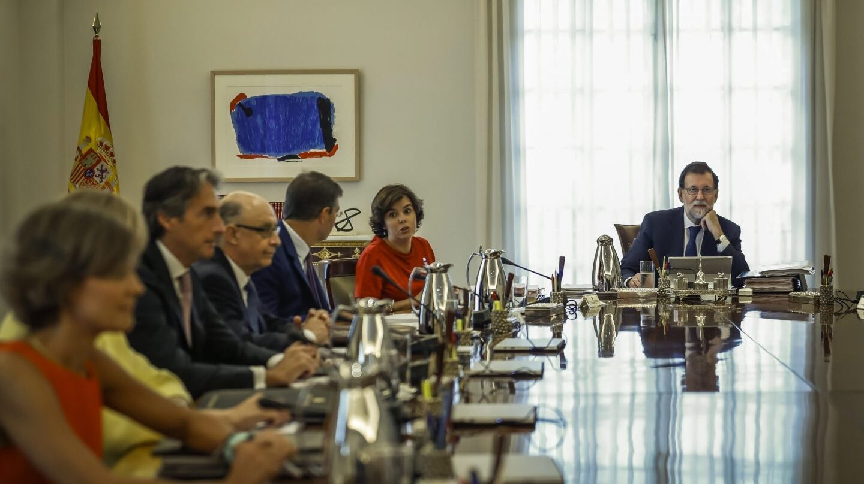 El presidente del Gobierno, Mariano Rajoy, durante la reunión extraordinaria del Consejo de Ministros el 7 de septiembre.