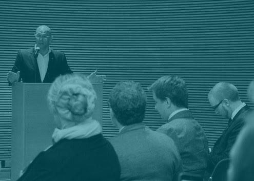 Raül Romeva, en una conferencia en Finlandia para explicar el 'procés'.