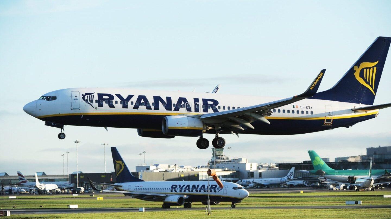Aviones de la aerolínea Ryanair.