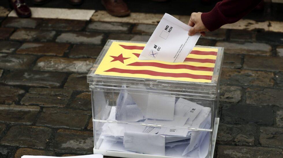 Urna en Barcelona durante las movilizaciones a favor del 1-O.