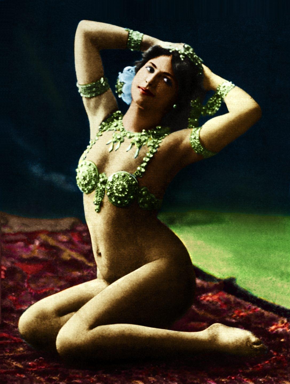 Mata Hari como bailarina en Paris