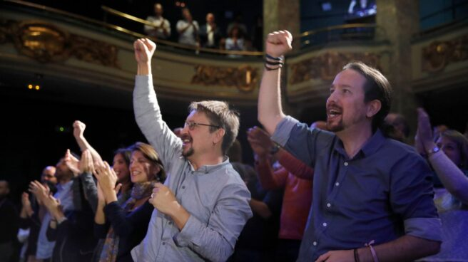 Pablo Iglesias y Xovi Domènech este lunes en el Círculo de Bellas Artes.