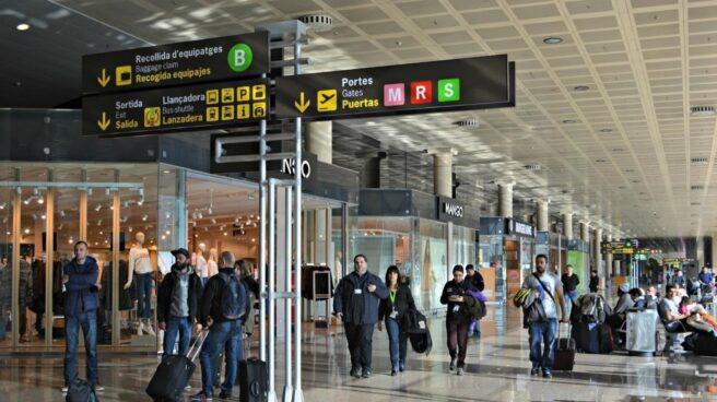 El Gobierno se prepara para paliar el impacto en transportes de la huelga general en Cataluña