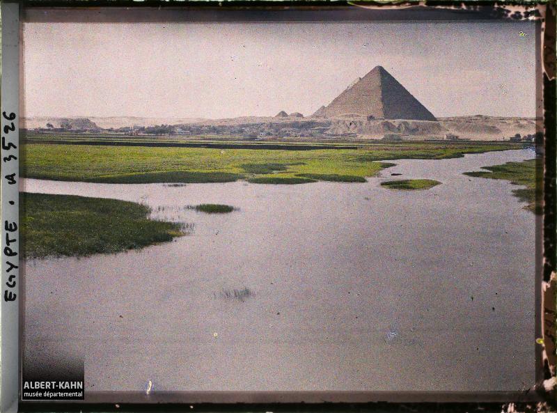 Auguste Léon; Egypte, Le Caire, Paysage sla route.