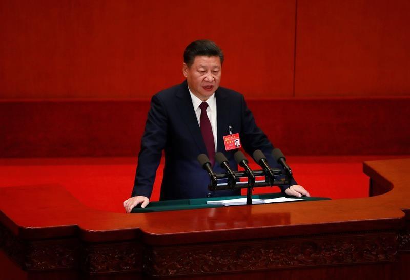 Xi Jinping, el emperador rojo,ante los delegados del Partido Comunista.