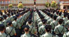 Agentes de la Guardia Civil, en formación.