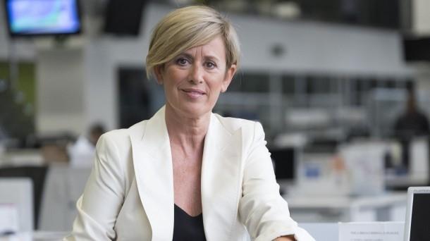 La nueva editora de informativos de noche de EiTB, Aintzane Bolinaga, posa en la sede del Ente público en Bilbao.