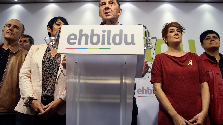 Arnaldo Otegi durante su comparecencia junto al resto de dirigentes de EH Bildu.