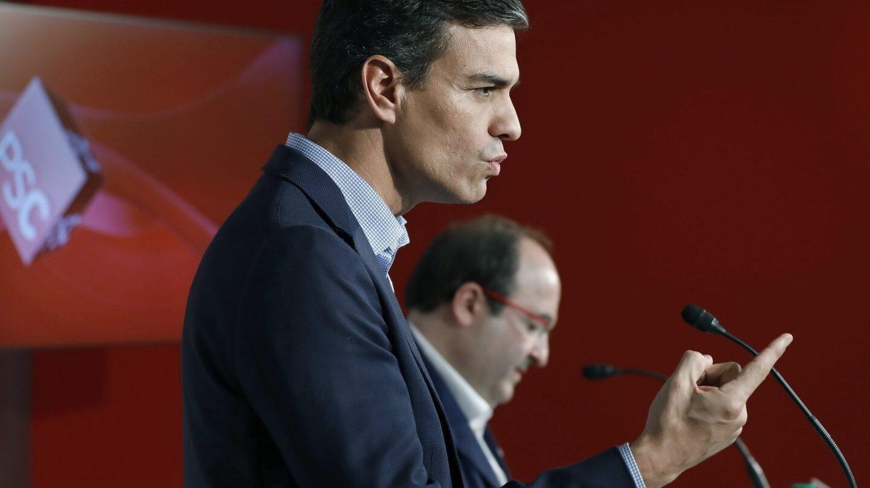 Pedro Sánchez y Miquel Iceta, en una reunión en el PSC.