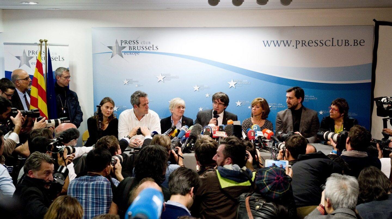 Puigdemont y sus consejeros, en Bruselas.
