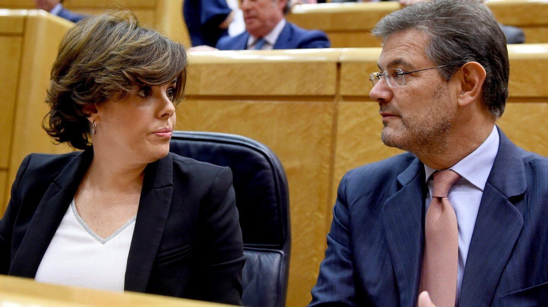 Soraya Sáenz de Santamaría y Rafael Catalá, en el Senado.