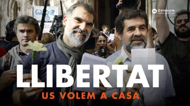 Cartel de libertad para Jordi Cuixart y Jordi Sánchez.