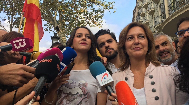 Inés Arrimadas en la manifestación del 12 de octubre en Barcelona.