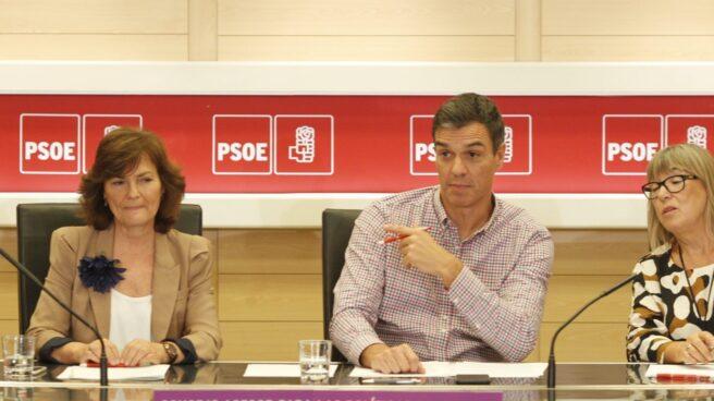 Carmen Calvo y Pedro Sánchez, en Ferraz.