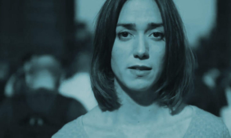 Fotograma del vídeo Help Catalonia difundido por Òmnium Cultural.