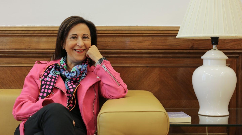 Margarita Robles en su despacho en el Congreso