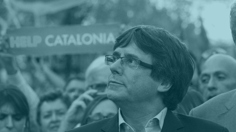 El presidente de la Generalitat, Carles Puigdemont, durante la manifestación en Cataluña por la liberación de Jordi Sànchez y Jordi Cuixart.