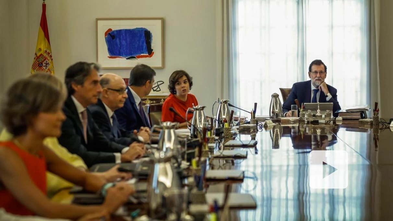 El presidente del Gobierno, Mariano Rajoy, durante el desarrollo de un Consejo de Ministros.
