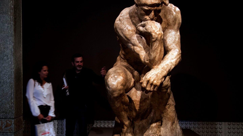 Versión de la obra 'El pensador', de Rodin.