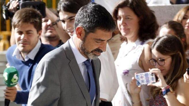 Josep Lluís Trapero, dirigiéndose a la Audiencia Nacional para declarar ante la magistrada Carmen Lamela.