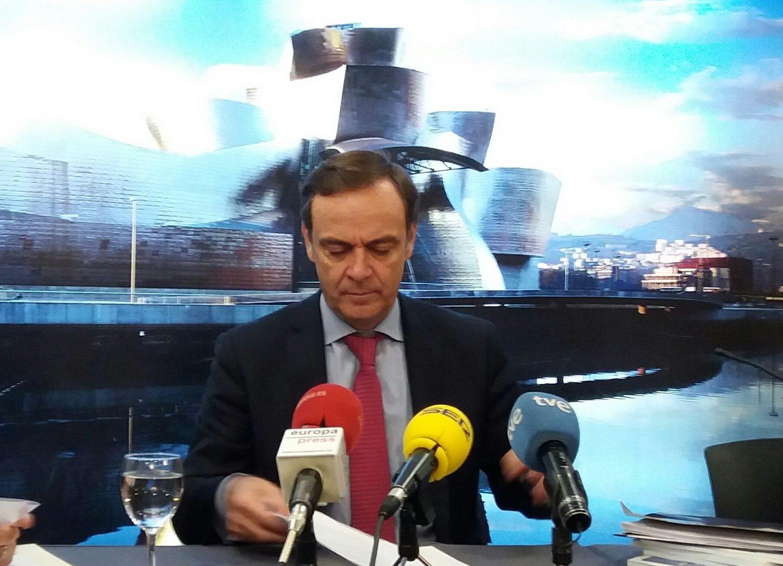 El presidente de la Audiencia Nacional, José Ramón Navarro, durante su intervención hoy en Bilbao.