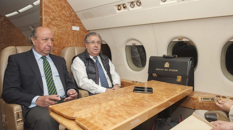 Germán López Iglesias y Juan Ignacio Zoido, en un viaje oficial.
