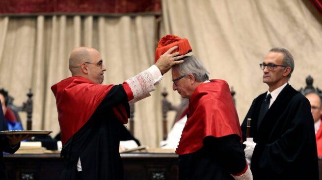 El presidente de la Comisión Europea, Jean Claude Juncker, doctor honoris causa en Salamanca.
