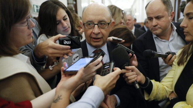 El ministro de Hacienda, en el Congreso tras la votación del cupo vasco