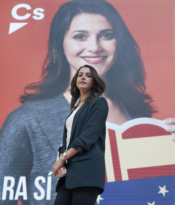 La candidata a la presidencia de la Generalitat, Inés Arrimadas, durante el acto de presentación de la campaña y del cartel electoral de Ciudadanos.