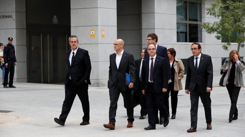 Los ex consejeros Forn, Romeva, Mundó, Turull y Rull llegan a la Audiencia Nacional para declarar ante la magistrada Carmen Lamela.
