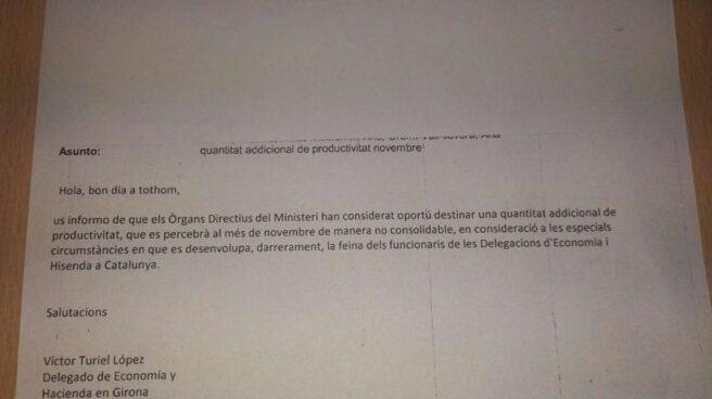 Carta remitida por la Delegación del Gobierno en Girona a sus funcionarios anunciando una compensación económica.