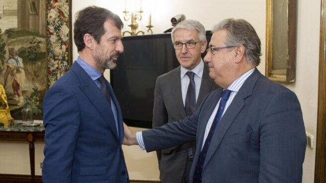 Ferran López y Juan Ignacio Zoido, en la primera reunión tras el nombramiento del primero como mayor de los Mossos.