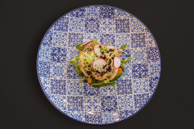 El Restaurante El Gato Canalla en el centro de Madrid ofrece sabores canallas con profundas raíces felinas.