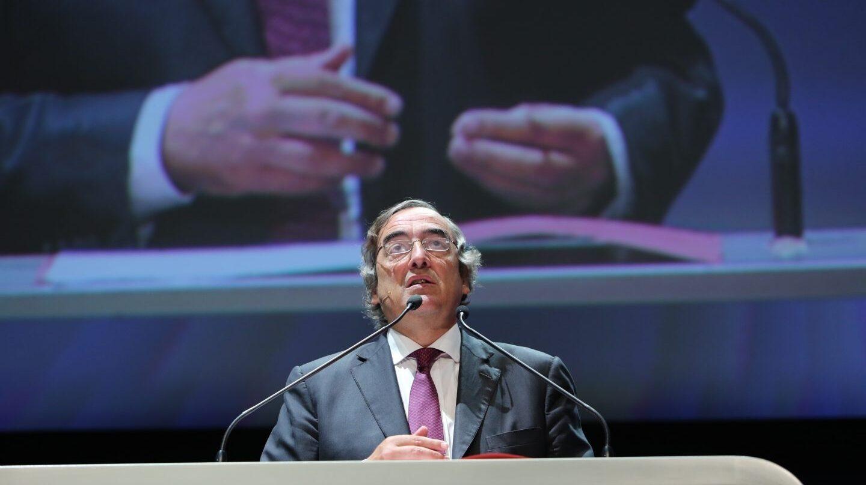 El presidente de CEOE, Juan Rosell. Empresarios de la patronal están preparando una ofensiva para sustituirle por su gestión de la crisis independentista de Cataluña.