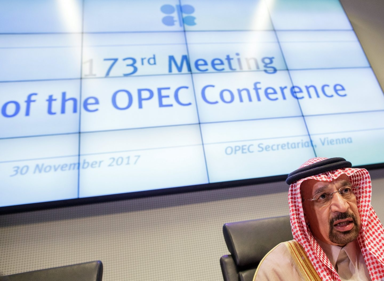 La OPEP extiende los recortes de petróleo hasta finales de 2018.