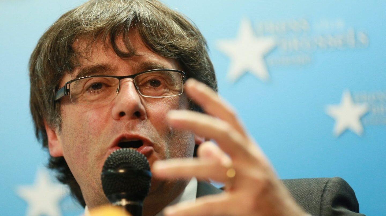Puigdemont, en su primera rueda de prensa tras establecerse en Bélgica.