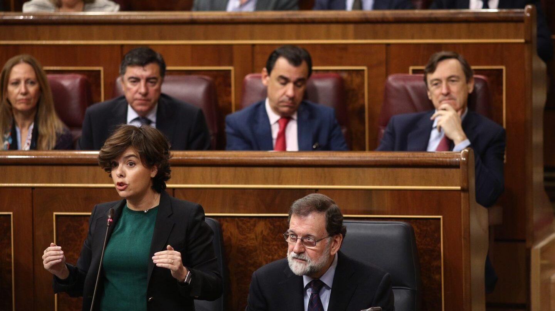 Sáenz de Santamaría y Rajoy, en el Congreso.