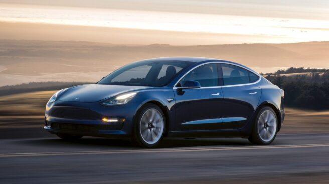Tesla cae en bolsa por sus elevadas pérdidas.