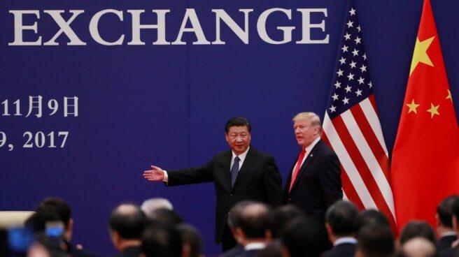 El líder chino, Xi Jinping, junto al presidente de EEUU, Donald Trump, en el Palacio del Pueblo de Pekín.